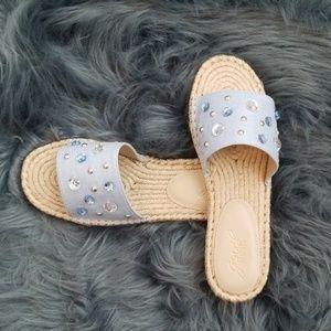 NWOT Jewel by Badgley Mischka Sandals